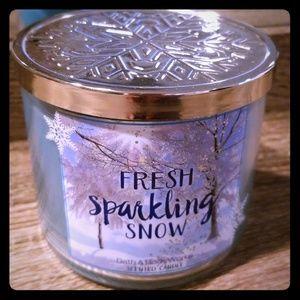 Fresh Sparkling Snow Bath & Body Works 3-wick Cand